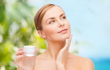 Soigner sa peau après la période estivale
