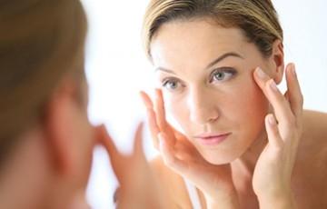 Sérum anti-âge bio et naturel français pour le visage